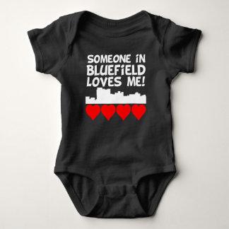 Body Para Bebê Alguém em Bluefield West Virginia ama-me