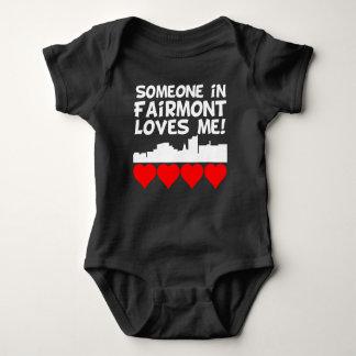 Body Para Bebê Alguém em Fairmont West Virginia ama-me