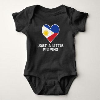 Body Para Bebê Apenas um filipino pequeno