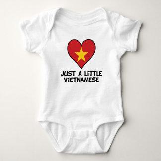 Body Para Bebê Apenas um vietnamita pequeno