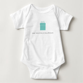 Body Para Bebê As boas coisas vêm no Bodysuit do bebê dos pacotes