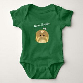 Body Para Bebê As panquecas bonitos da manteiga melhoram junto