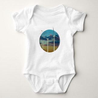 Body Para Bebê As turbinas eólicas pintaram o céu
