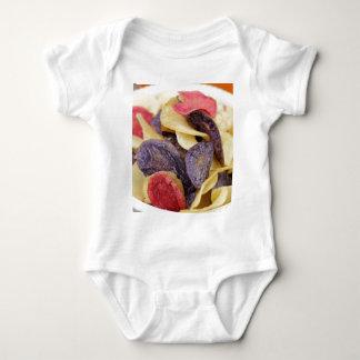 Body Para Bebê Bacia de Fim-Acima misturado das microplaquetas de