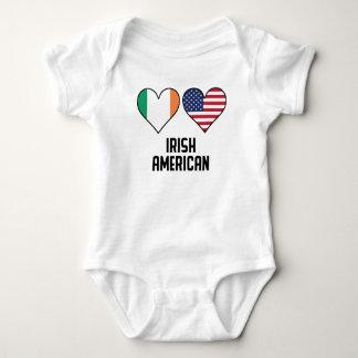 Body Para Bebê Bandeiras americanas irlandesas do coração