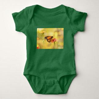 Body Para Bebê Borboleta de monarca no Zinnia