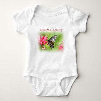 Body Para Bebê Borboleta em flores vermelhas
