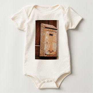 Body Para Bebê Caixa postal oxidada fora