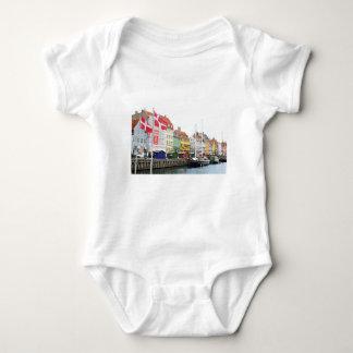 Body Para Bebê Canal de Nyhavn em Copenhaga, Danmark