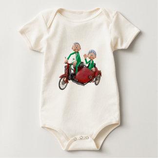 Body Para Bebê Casal mais idoso em um Moped com side-car