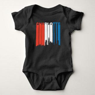 Body Para Bebê Charlotte branco e azul vermelho North Carolina