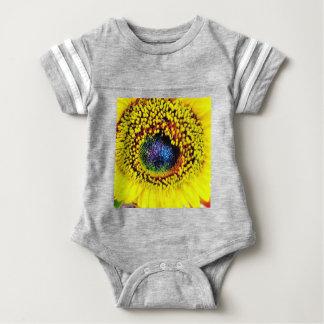 Body Para Bebê Close up amarelo