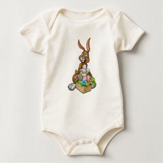 Body Para Bebê Coelhinho da Páscoa que guardara a cesta da caça