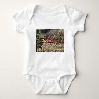 Body Para Bebê Colheita do milho da colheita mecanizada no campo