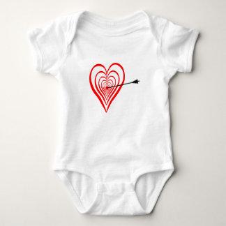 Body Para Bebê Coração alvo com seta