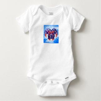 Body Para Bebê Coração da bandeira americana do Dia do