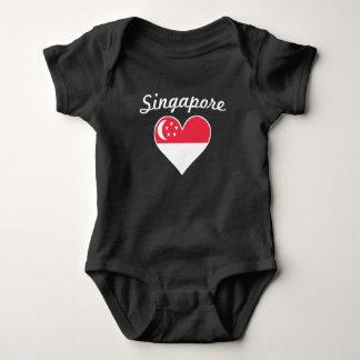 Body Para Bebê Coração da bandeira de Singapore