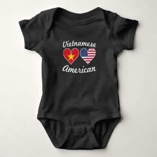 Body Para Bebê Corações vietnamianos da bandeira americana