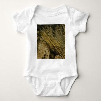 Body Para Bebê cortes amarelos na rocha
