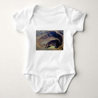 Body Para Bebê cratera vulcânica profunda