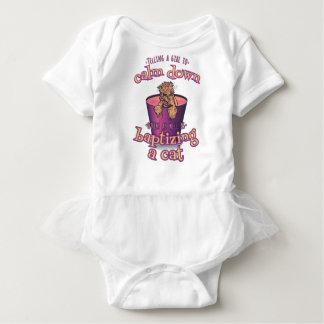 Body Para Bebê Dizer uma menina para acalmar-se para baixo é como