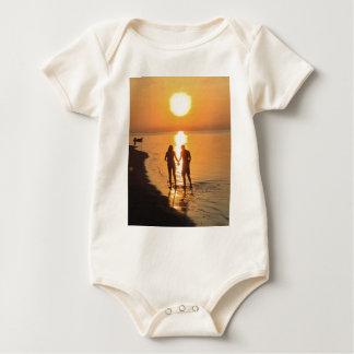 Body Para Bebê Dois amantes no nascer do sol