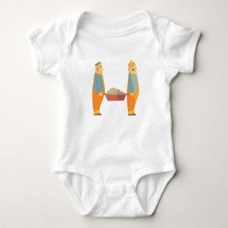 Body Para Bebê Dois construtores com o carrinho de mão no
