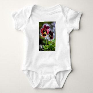 Body Para Bebê Duo da flor do amor perfeito do Bordéus