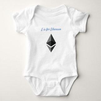 Body Para Bebê E é para Ethereum de uma peça só