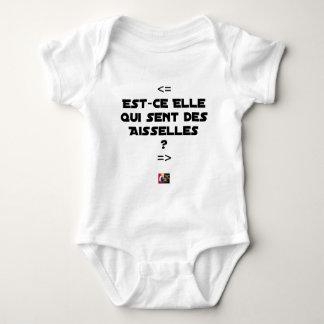 Body Para Bebê É ELA QUE SENTE AXILAS? - Jogos de palavras