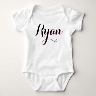 Body Para Bebê Equipamento cor-de-rosa e branco de Ryan das