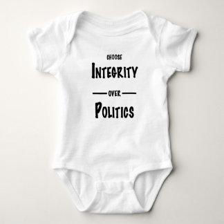 Body Para Bebê Escolha a integridade sobre presentes da política