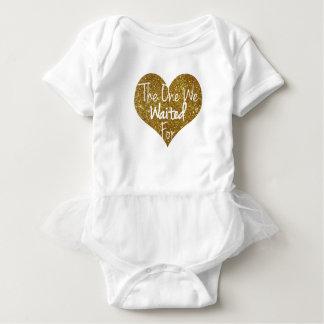 Body Para Bebê Esse nós esperamos o coração Onsie do brilho