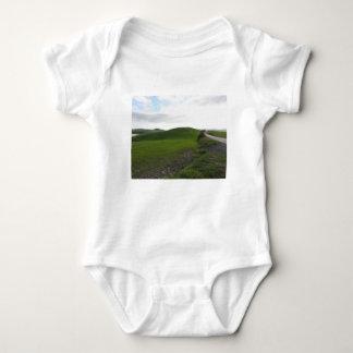 Body Para Bebê Estrada secundária sobre o rolamento de colinas