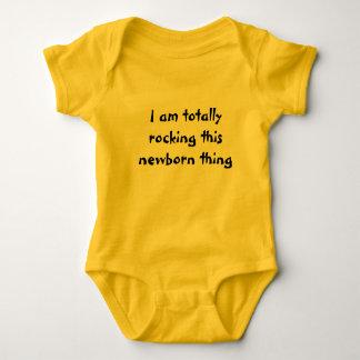 Body Para Bebê Eu estou balançando totalmente esta coisa