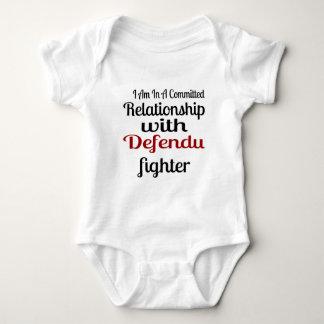 Body Para Bebê Eu estou em uma relação cometida com Defendu Figh