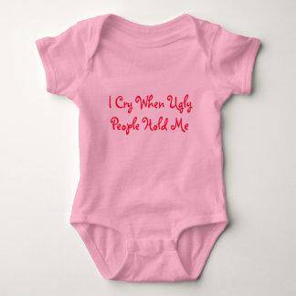 Body Para Bebê Eu grito quando as pessoas feias me guardaram