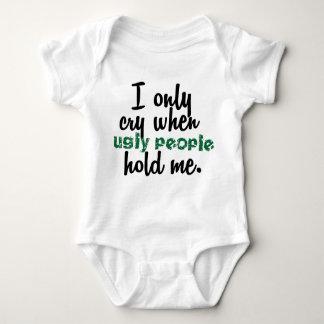 Body Para Bebê Eu grito somente quando as pessoas feias me