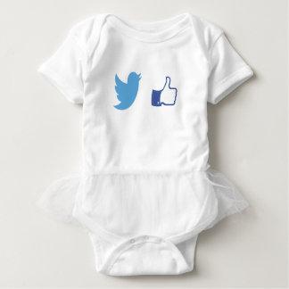 Body Para Bebê Facebook Twitter