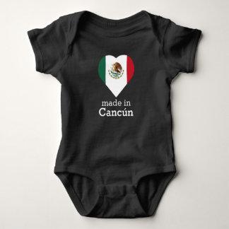 Body Para Bebê Feito na bandeira México do coração de Cancún (mar