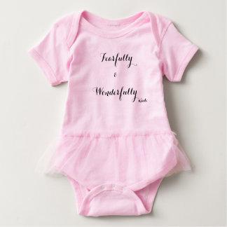 Body Para Bebê Feito temìvel & maravilhosamente. Equipamento