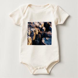 Body Para Bebê fenda profunda da rocha