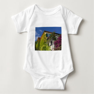 Body Para Bebê Folhas coloridas na casa