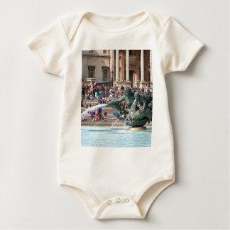 Body Para Bebê Fonte, quadrado de Trafalgar, Londres, Inglaterra