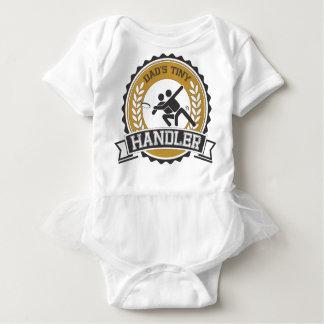 Body Para Bebê Frisbee final - o alimentador pequeno do pai