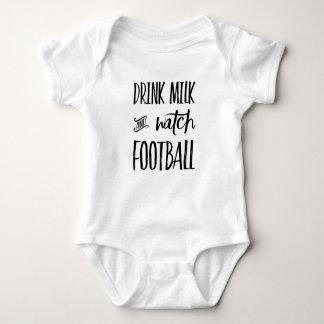 Body Para Bebê Futebol do leite e do relógio da bebida