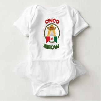 Body Para Bebê Gato engraçado para o feriado do mexicano de Cinco