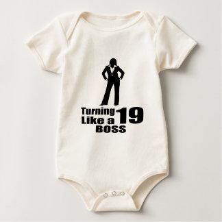 Body Para Bebê Girando 19 como um chefe