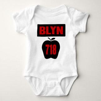 Body Para Bebê Interior de Apple grande com bandeira, de BLYN 718