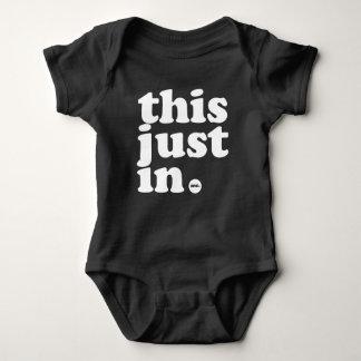 Body Para Bebê isto apenas no bodysuit do aniversário (do